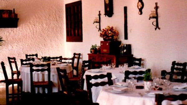decoració-anys-80-Restaurant-Sant-Antoni-Premià-de-Dalt-Mar-Maresme-Barcelona
