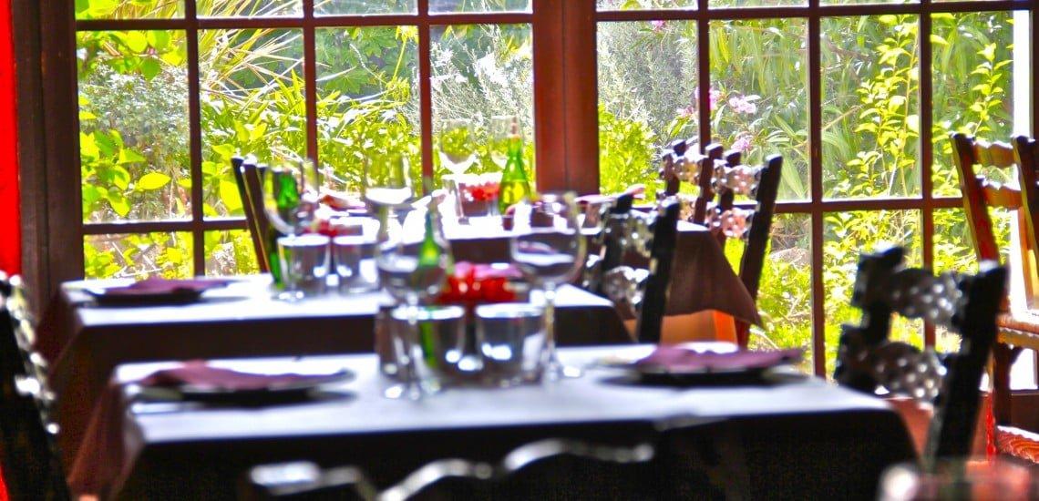 taules-Restaurant-Sant-Antoni-Premià-de-Dalt-Mar-Maresme-Barcelona