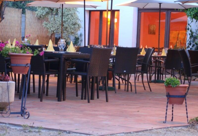 Vista exterior de la terrassa del Restaurant Sant Antoni