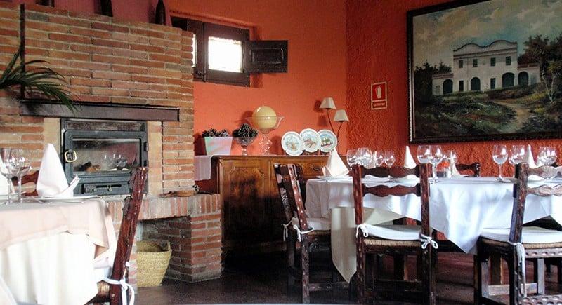 Llar-de-foc-Restaurant-Sant-Antoni-Premià-de-Dalt-Mar